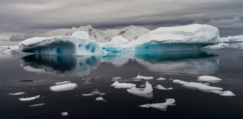 How to Photograph Icebergs