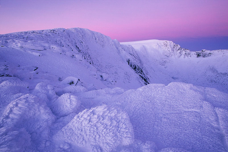 Ice-sculpted rocks at dawn, Northern Corries, Grampian Mountains. Cairngorms National Park, Scotland.