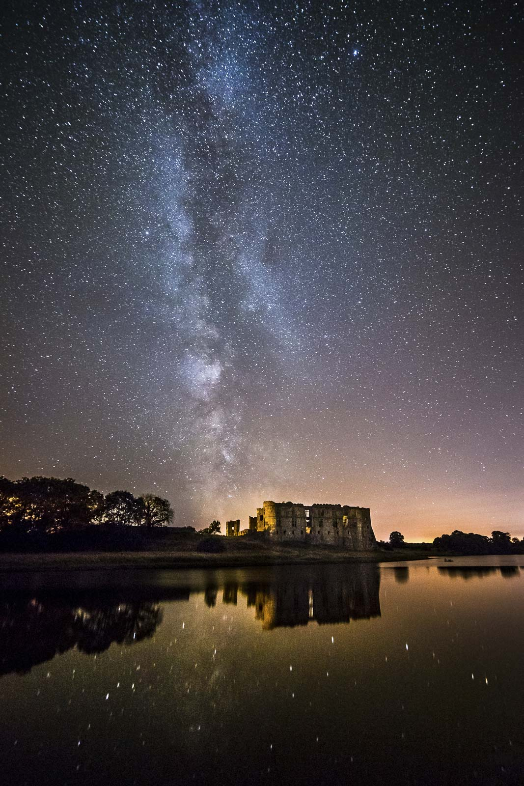 castle under the milky way
