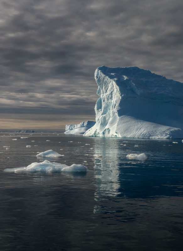 How to Photograph Icebergs - colour