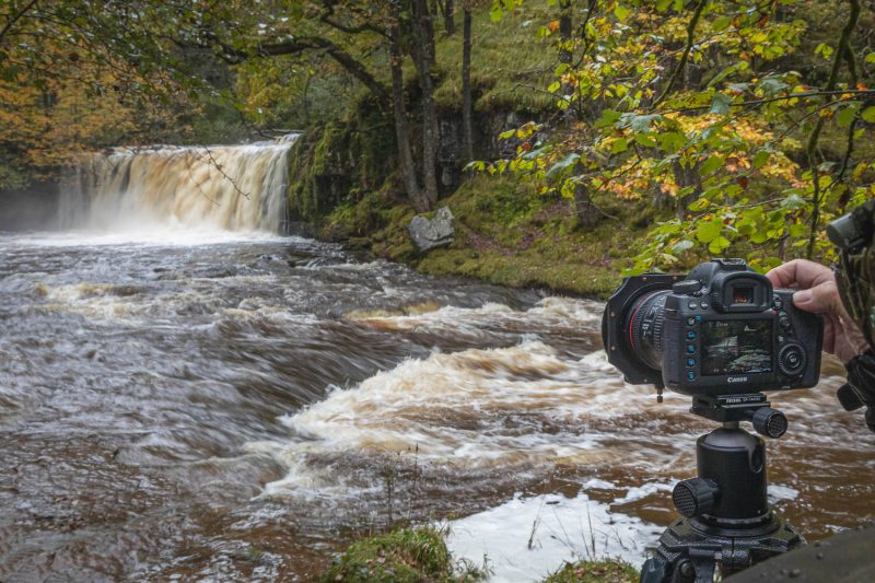 Photographing a waterfall