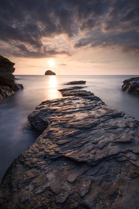 Contrast backlit landscape photo