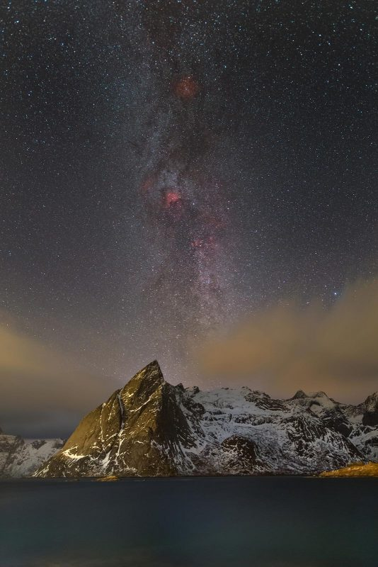 Milky way and mountains photographed with a 24mm lens